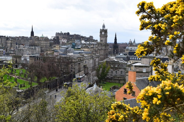 Moving to Edinburgh: Finding a Job and Getting Settled