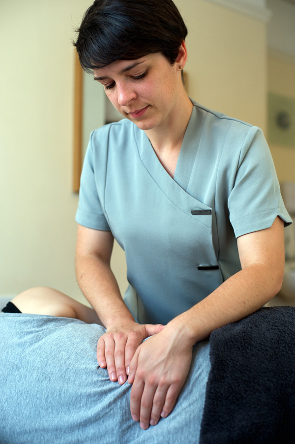 Osteopathy Treatment for back pain, sciatica in East London