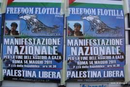 Manifesti. Foto Alessio Fratticcioli