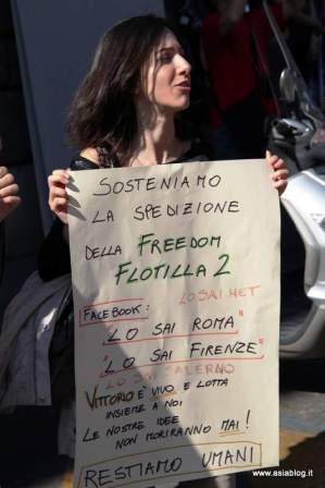 Ragazza Freedom Flotilla. Foto Alessio Fratticcioli