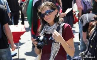 Fotografa. Foto Alessio Fratticcioli