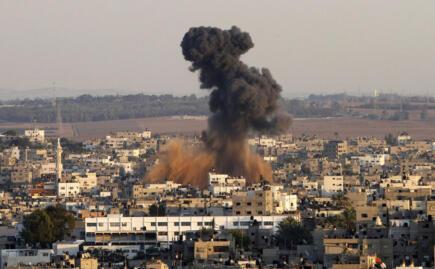 gaza bombed @weeddude A Gaza è una tragedia e la responsabilità storica è di Netanyahu