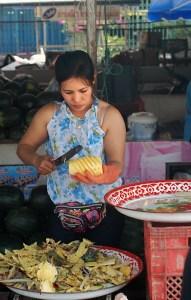 venditrice di ananas