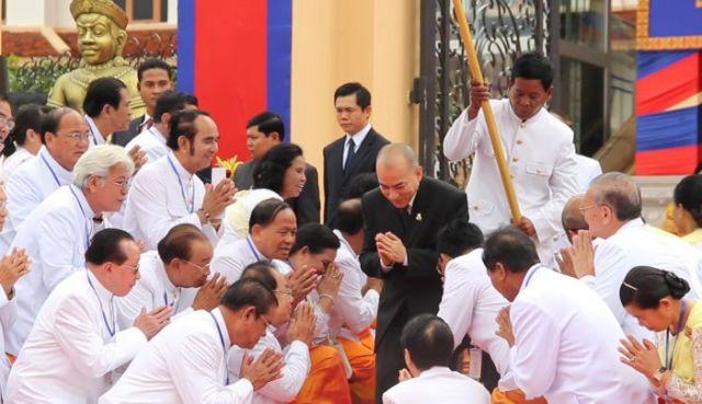 Cambogia re parlamento