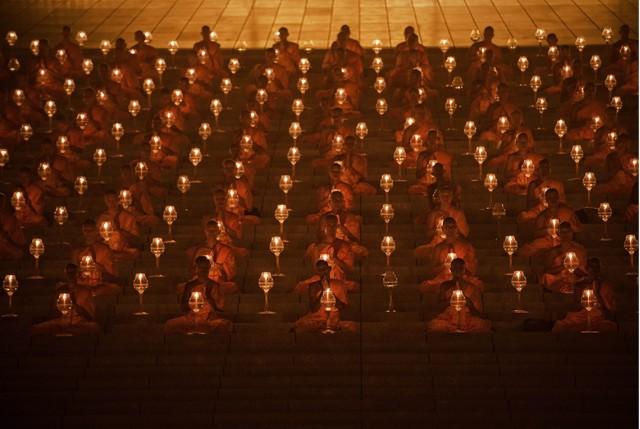 buddhismo-monaci-thailandesi-pathum-thani