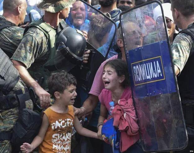 Bambini, profughi.