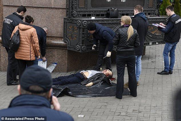 Denis Voronenkov, ex deputato alla Duma e oppositore di Putin, e' stato assassinato il 23 marzo 2017 a Kiev in Ucraina. Foto AP/Andrew Kravchenko