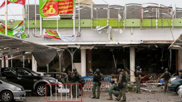 thailandia bomba attentato pattani