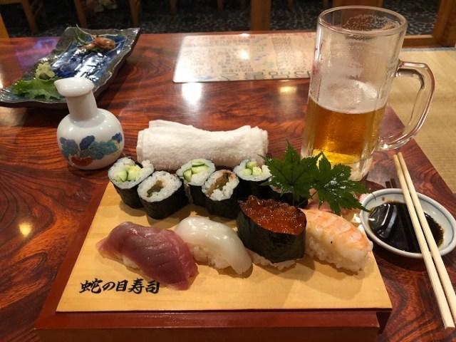 Sushi sashimi e birra