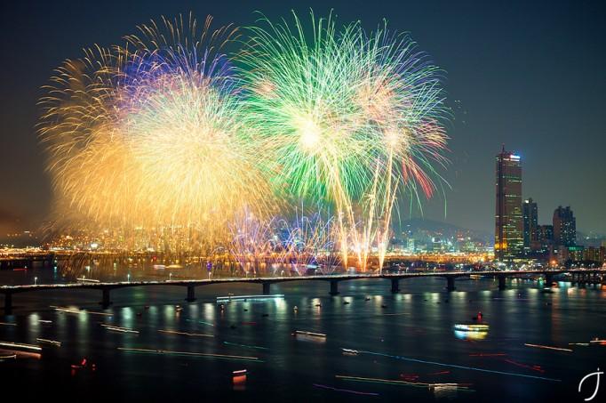 Seoul-fireworks-682x453