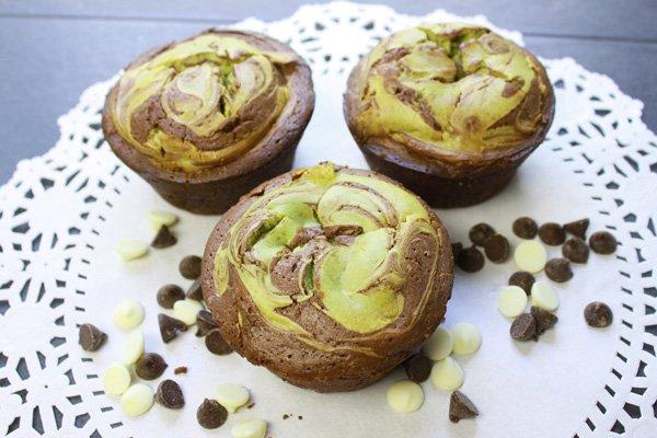matcha cheesecake muffins