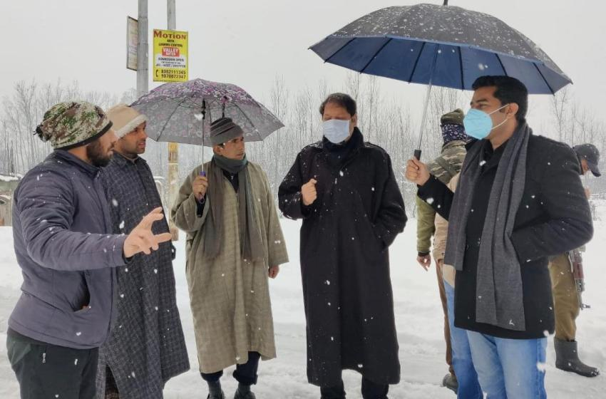 Massive response mechanism with round-the-clock efforts pressed into service amidst heavy snowfall in Srinagar