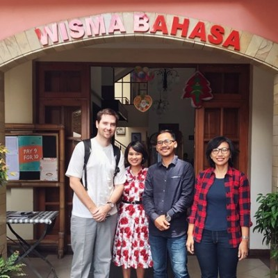 Climbing Mount Bahasa: Tips From a Veteran Learner