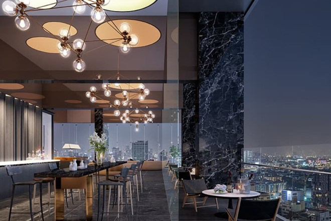 Where to stay in Bangkok? Experience new heights and live everyday with the view of Bangkok skyline.