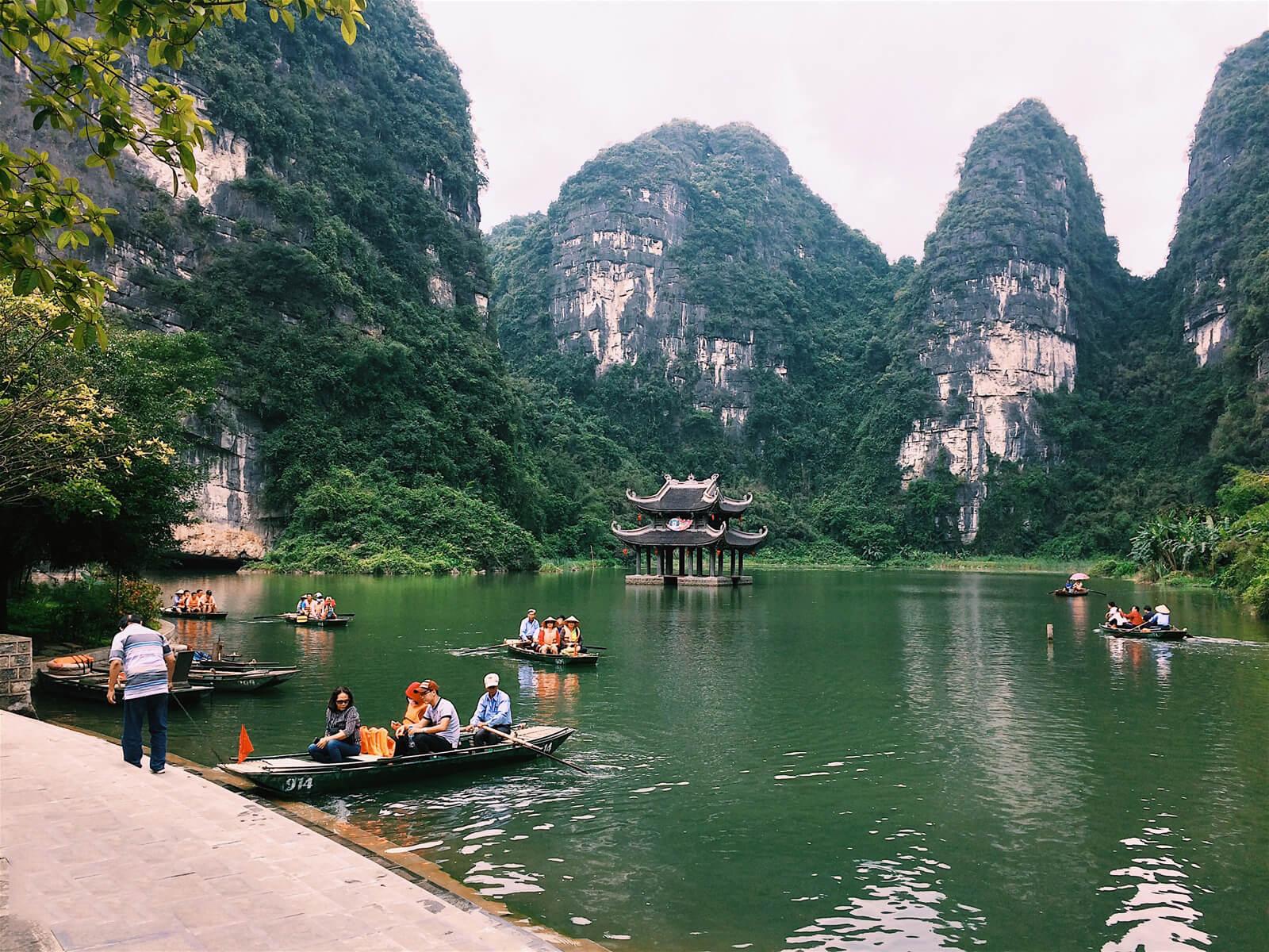 Hang Mua, a charming beauty among Trang An's heart