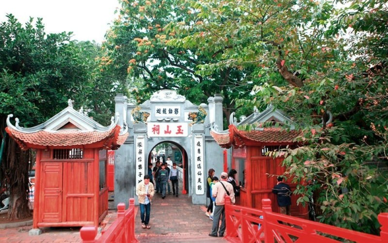 Ngoc Son Temple: Cultural symbol of Hanoi