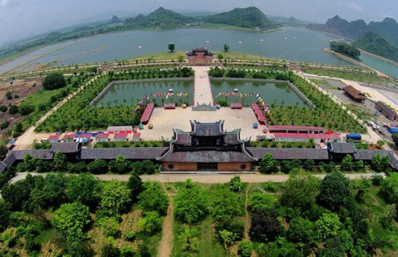 Preserving, embellishing and promoting the cultural and historical values of Hoa Lu capital city