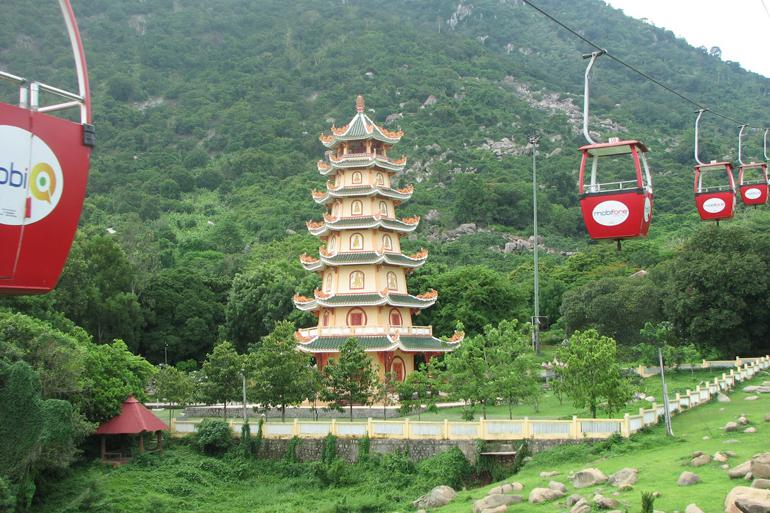 Black Virgin Mountain (Khu Du Lich Tam Linh Nui Ba Den)