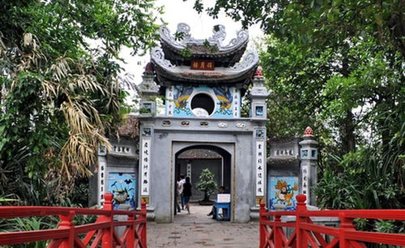 Ngoc Son Temple - Cultural symbol of Hanoi