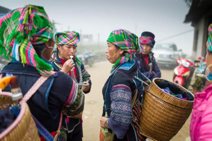 Experience the culture of ethnic minority groups in Sapa tours