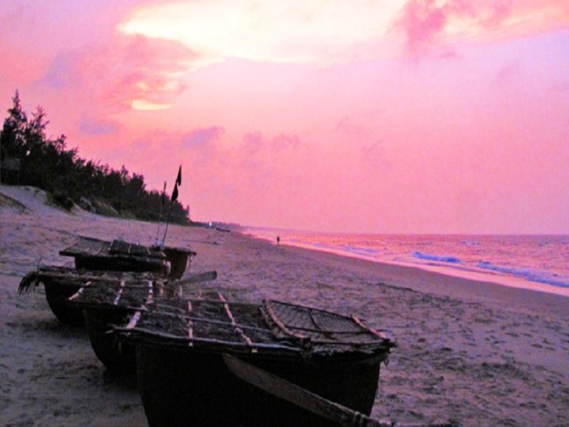 An Banh beach