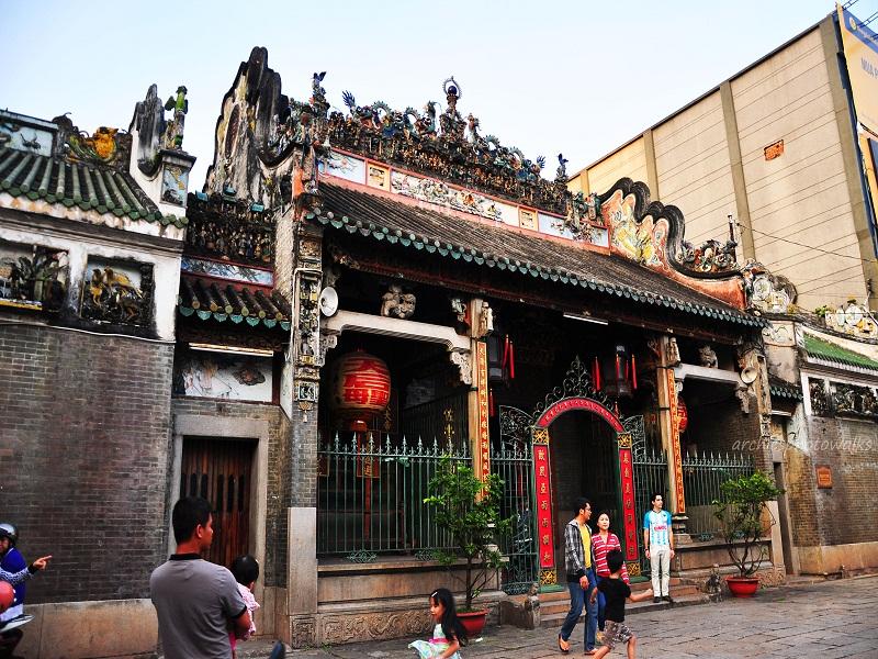 Cho-Lon-in-Ho-Chi-Minh-city3