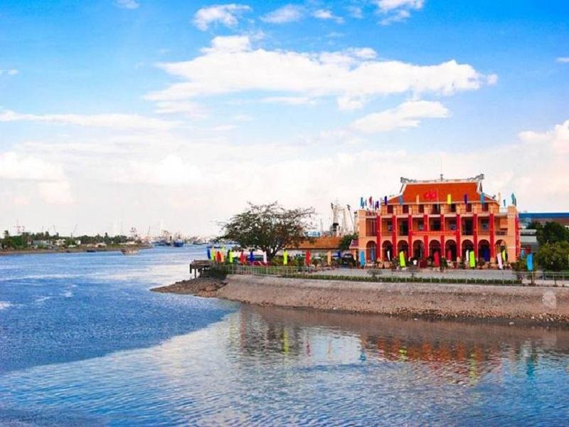 Nha-Rong-wharf - Ho-Chi-Minh-Museum1