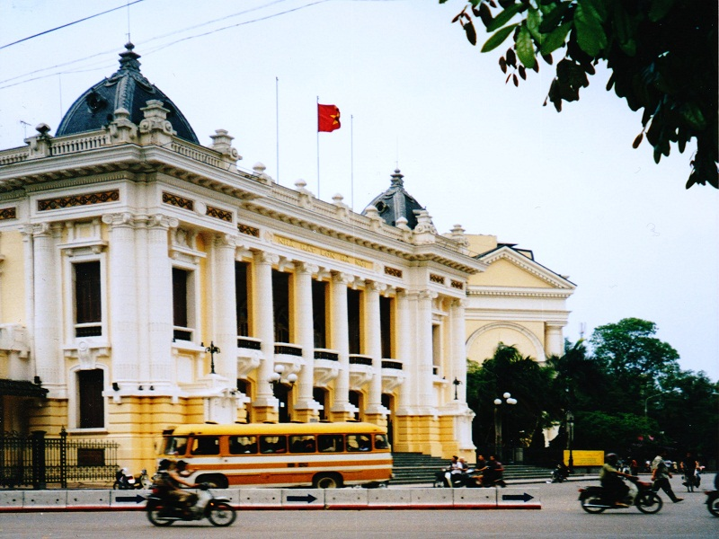 10-places-to-visit-in-Hanoi4