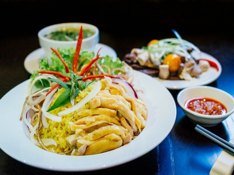 Top-best-and-unique-dishes-to-eat-in-Saigon3