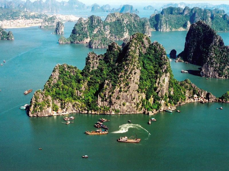 Hanoi-and-Saigon-which-is-the-most-attractive-city-of-Vietnam-(part 1)3