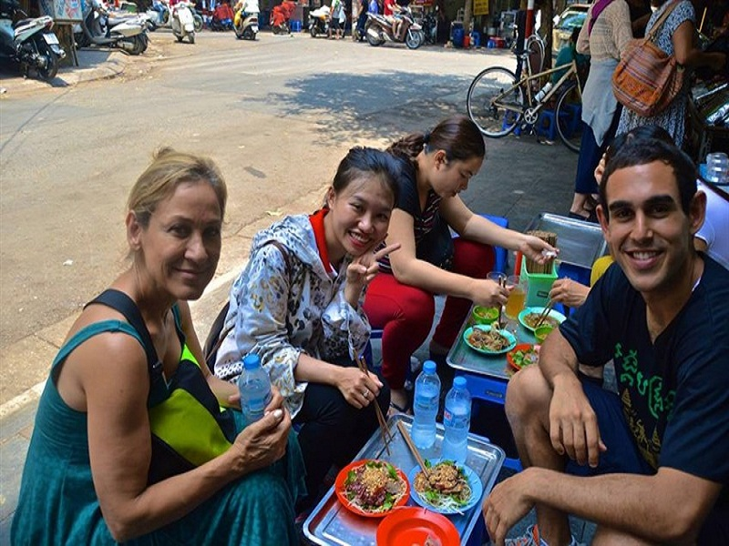 Precautions-for-tourists-when-coming-to-Hanoi5