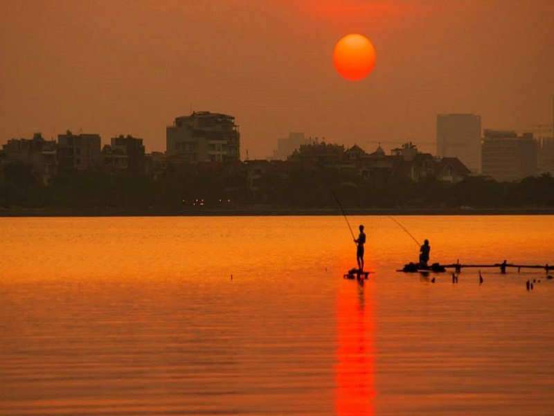 West-lake-of-Hanoi–A-potential-destination-for-foreign-tourists1