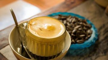 Hanoi egg coffee: The secret of a 70-year-old coffee