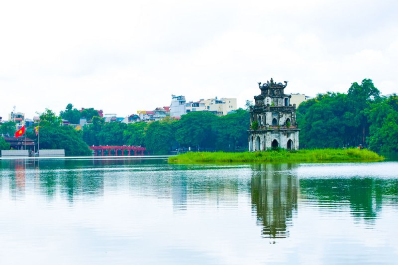 Having an economical Hanoi tour with some free Hanoi activities 1