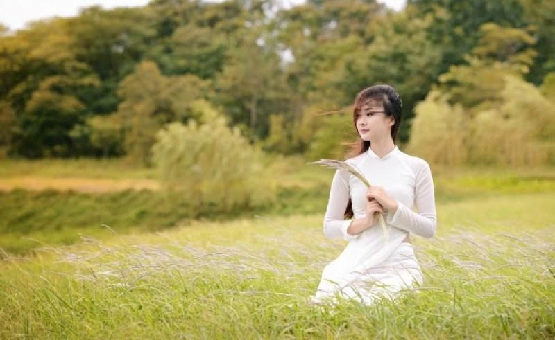 Doing Vietnam Tour To See Vietnamese Women Wear Ao Dai On Some Special Days Asia Tour Advisor