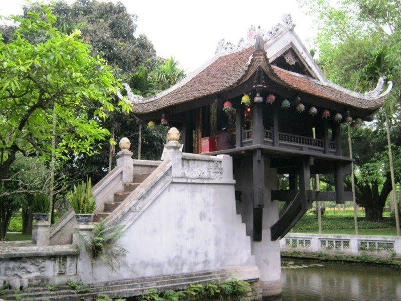 Mot Cot Temple