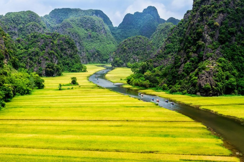 Explore the location of Tam Coc - Bich Dong in Ninh Binh