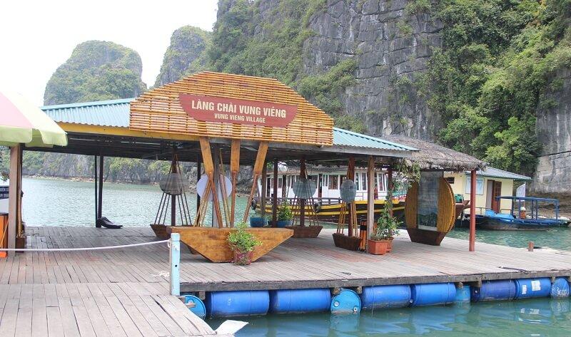 Vung Vieng fishing village - a tourist destination enjoying the peaceful feeling in Halong Bay