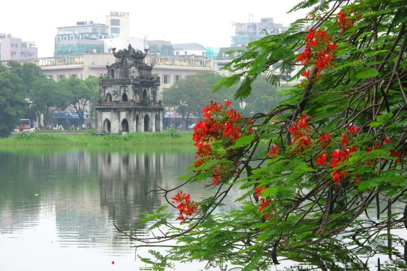 Hoan Kiem Lake – a familiar image of Hanoi