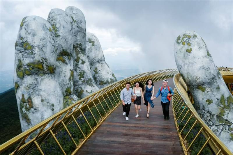 Danang Golden Bridge into the top 100 most wonderful destinations in the world