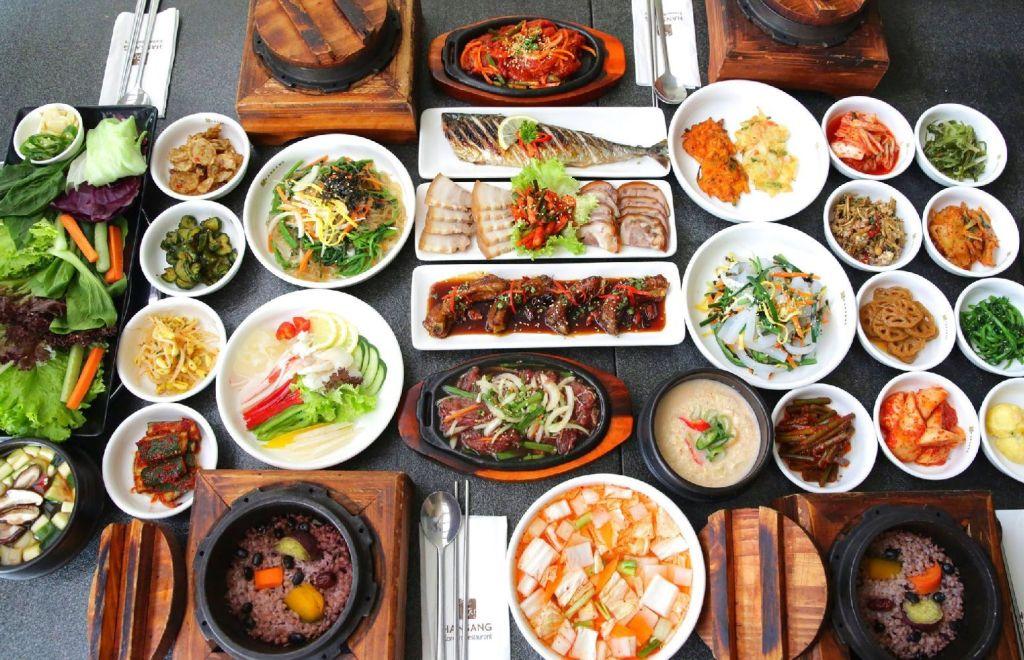 The difference in cuisine between 3 regions of Vietnam 1