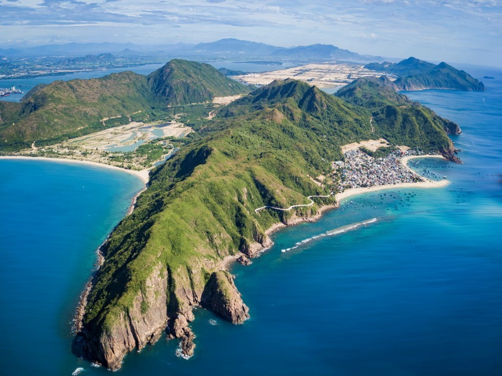 Contemplate the 3 most beautiful peninsulas of Vietnam