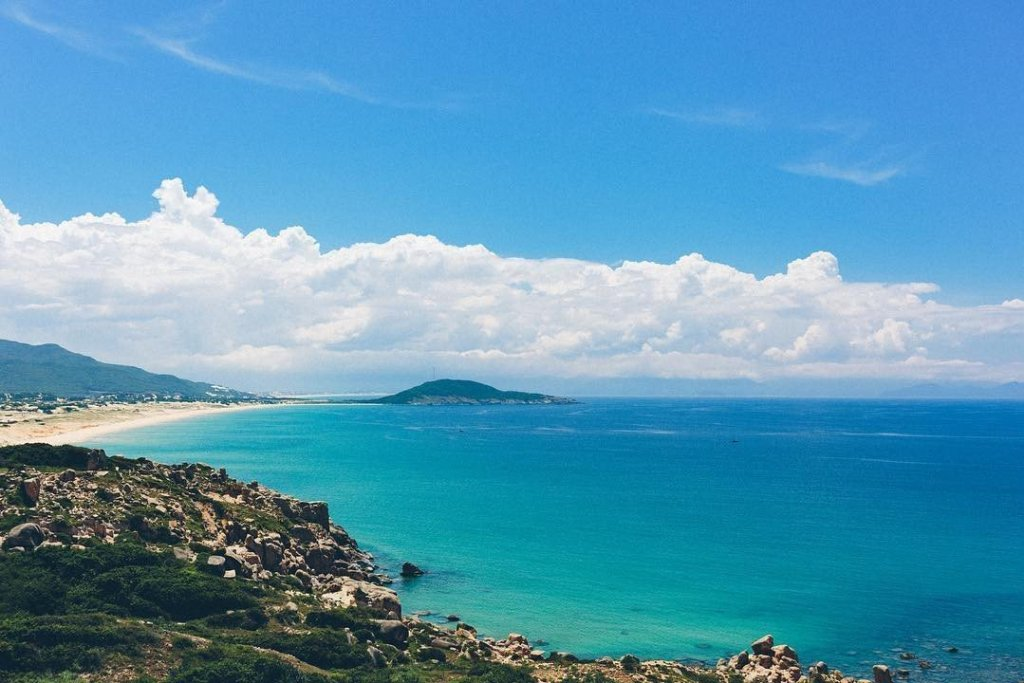 Contemplate the 3 most beautiful peninsulas of Vietnam 5