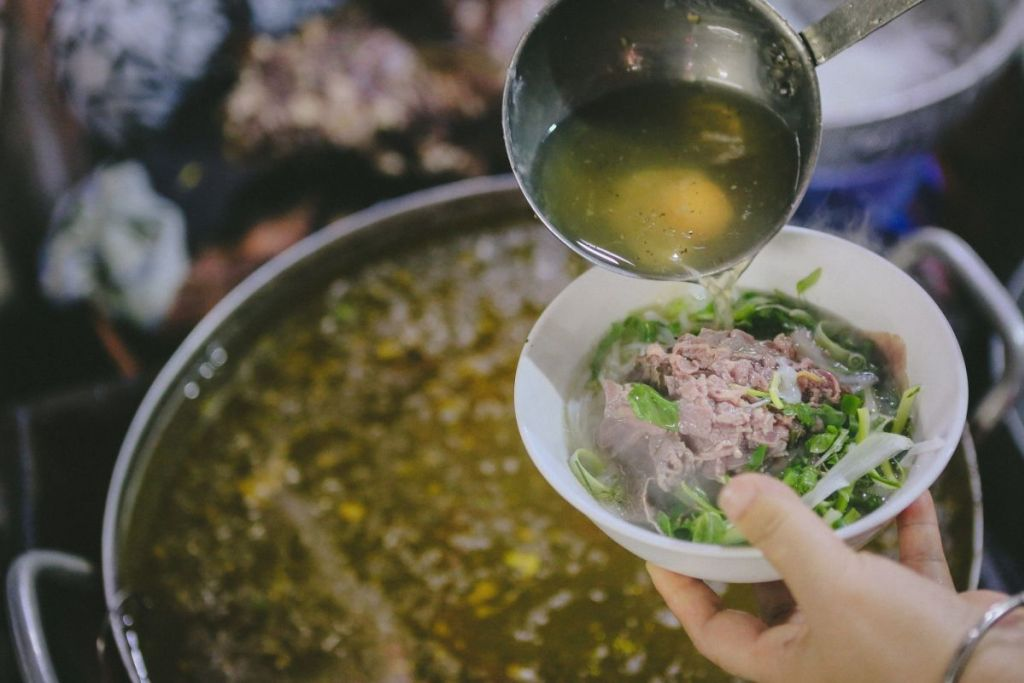 7 Vietnam street foods you should try on your Vietnam tour 1