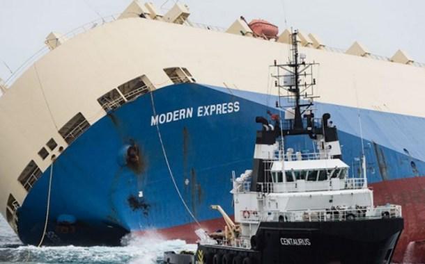 """روسيا تفقد فرقاطة و ١٥ جندياً في تصادم مع سفينة """"مواشي"""""""
