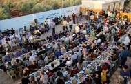 عرس جماعي لـ 57 زوجا من مهجري داريا السورية في إدلب