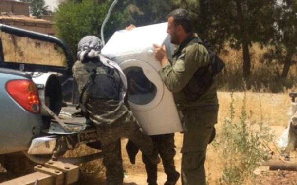 ميليشيات النظام تسرق مملتكات المدنيين في ديرالزور