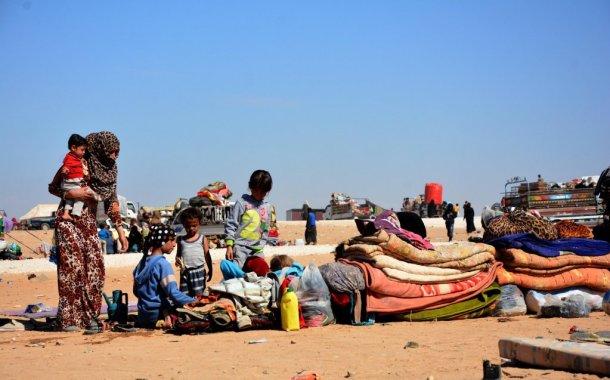 الأردن ترفض استقبال 3 آلاف أسرة سورية يهددها المرض والمجاعة
