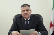 حجاب يعلن استقالته من رئاسة الهيئة العليا للمفاوضات