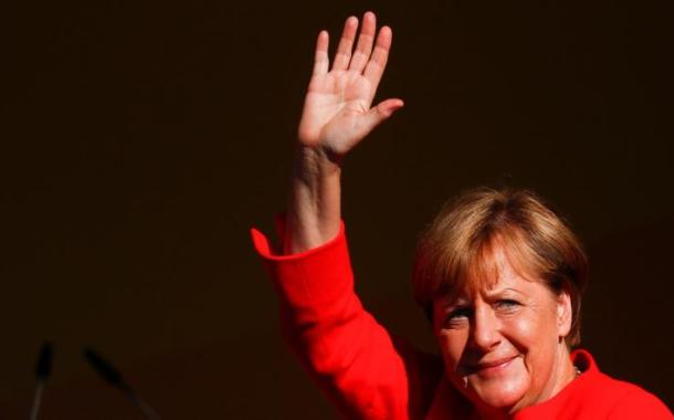 فشل ميركل بتشكيل الحكومة يضر ألمانيا وأوروبا